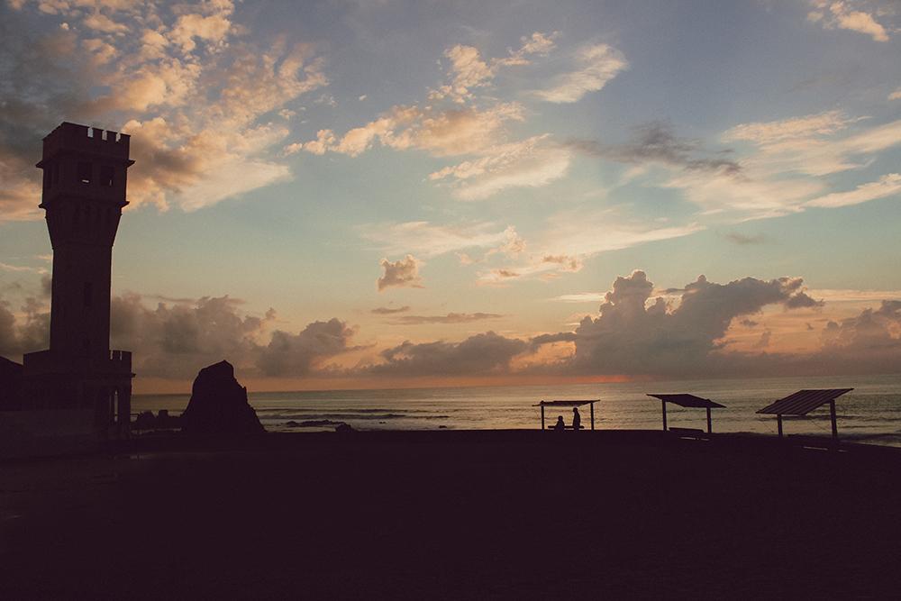 surfcamp-360-santa-cruz-sunset